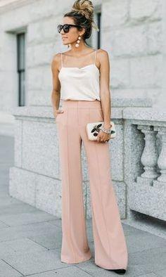 Calças Wide Legs rosa claro e blsa branca