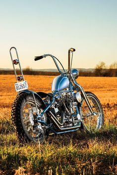 """Tate Digger"" Harley-Davidson FL 1975 ""Shovelhead"" rigid chopper by Butcher Chop | Photography by Billy Childress | via StreeChopperWeb.com #harleydavidsonchoppersart"