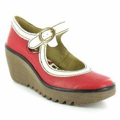958a073c7691 Dámská obuv na klínku 404 je nám líto