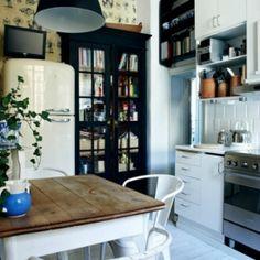 A kitchen with a modern, vintage twist!
