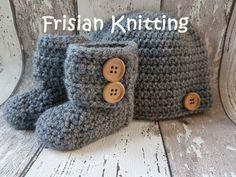 Bekijk dit items in mijn Etsy shop https://www.etsy.com/nl/listing/463585864/gehaakte-baby-slofjes-crochet-baby