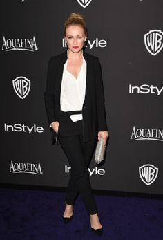 Hannah New in House of Lavande Vintage earrings to the InStyle Golden Globes party