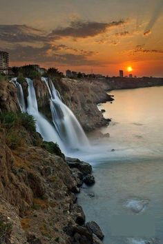 Antalya Waterfall, Turkey (by Andre Goncalves) HDR photography, hdr Wonderful Places, Great Places, Places To See, Beautiful Places, Beautiful Waterfalls, Beautiful Landscapes, Istanbul, All Nature, Dream Vacations