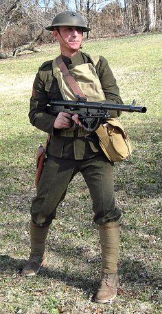 1918, WW1 Marine Chau-Chat gunner