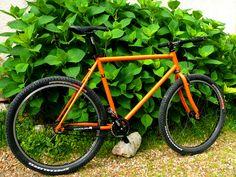 Un vieux VTT Starway transformé en pignon fixe Fixie Orange, Transformers, Bicycle, Fixed Gear, Urban Bike, Bike, Bicycle Kick, Bicycles
