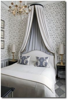 French Decorator Jean-Louis Deniot. Rue des Saints Pères, Paris #dreamhome #decorinspiration