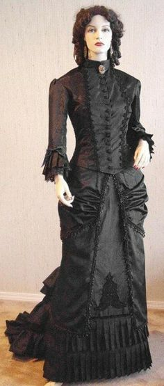 I just love this. Way too expensive but I always am partial to mourning outfits. This is the closest that I've seen to real actual patterned gowns from the Victorian age. The most authentic looking. Recollections is much more fantasy based. Wearing this I'd actually feel transported back into time.