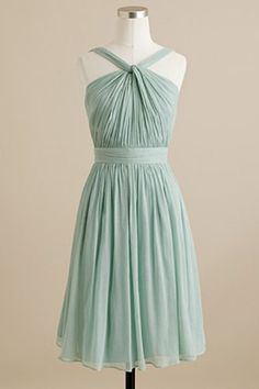 this comes in just about every color of the rainbow- great option fr J.Crew styling-ideas-for-my-bestie-s-wedding
