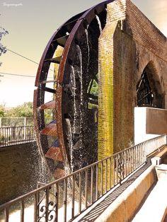 Water wheel in Murcia, Spain