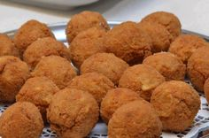 Arancine Simply Food, Simply Recipes, Cookies, Drink, Desserts, Crack Crackers, Tailgate Desserts, Beverage, Deserts