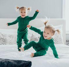 Taytum and Oakley Twin Baby Girls, Twin Babies, Baby Kids, Twin Toddlers, Cute Toddlers, Toddler Twins, Cute Twins, Cute Babies, Toddler Photography Tips