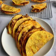 The Best Beef and Cheese Oven Baked Tacos for Meal Prep - #oventacos - The Best Beef and Cheese Oven Baked Tacos for Meal Prep...