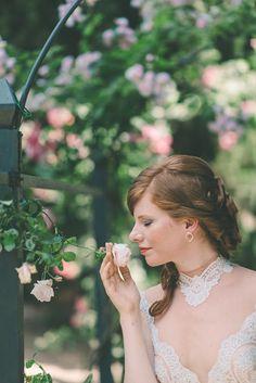 Wedding dress by Regina Schrecker. Villa Vignamaggio, June 2015. Photo by Milos Dokmanovic.