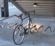 ideas urban bike storage bicycle rack for 2019 Bicycle Stand, Bicycle Rack, Pimp Your Bike, Bike Shelter, Bicycle Storage, Street Furniture, Luxury Furniture, Furniture Buyers, Furniture Nyc
