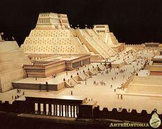 Maqueta del centro ceremonial de Tenochtitlan