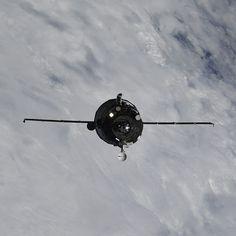 Livraison express à #ISS par un #Progress  https://ift.tt/2uj0LKz #espace #astronautique #lanceur #lancement #fusée #technologie  Photo : Progress MS09