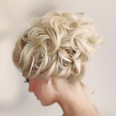 New! Stunning Wedding Hairstyle Inspiration from Elstile. To see more: /2014/04/10/stunning-wedding-hairstyle-inspiration/ #wedding #weddings #fashion #hair #hairstyle