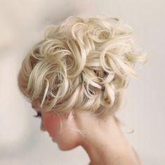 New! Stunning Wedding Hairstyle Inspiration from Elstile. To see more: /2014/04/10/stunning-wedding-hairstyle-inspiration/ #wedding #weddings #fashion #hair #hairstyle