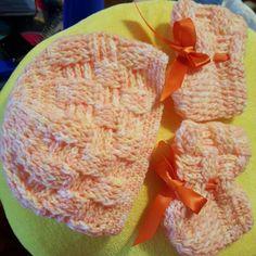Jueguitos a crochet para bebé  recién nacido.