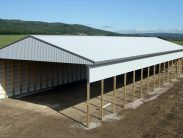56 x 150 x 20 Hay barn with open side and end, closed side and end – Metal Garage Buildings, Metal Garages, Post Frame Building, Hay Barn, Barn Storage, Old Abandoned Houses, Classical Architecture, Horse Barns, Poultry Farming