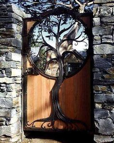 Photos Blend of Architecture with Art Nouveau. At this time it was a revolutionary movement where there was a strict barrier between pure art and art. Art Nouveau focuses more on the concept of und… Cool Doors, Unique Doors, Garden Gates, Garden Art, Tree Garden, Garden Doors, Garden Entrance, Entrance Gates, House Entrance