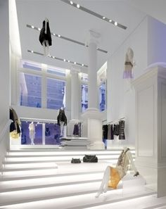 Vera Wang boutique in New York by Gabellini Sheppard