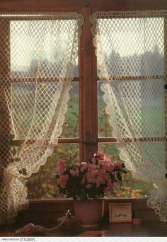58 new ideas for crochet lace curtains pattern window treatments - Home. - 58 new ideas for crochet lace curtains pattern window treatments - Cozy Cottage, Cottage Style, Romantic Cottage, Romantic Homes, Cottage Living, Shabby Cottage, Cottage Homes, Cottage Windows, Cottage Curtains