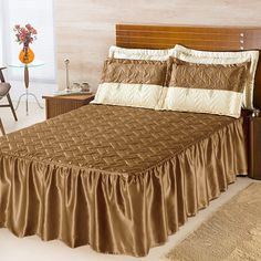 Colcha DOURADOS ENXOVAIS Mel Mostarda Padrão 05 Peças Lace Bedding, Teen Bedding, King Bedding Sets, Handmade Bed Sheets, Diy Bed Sheets, King Size Bed Sheets, King Sheet Sets, Bed Sets, Draps Design