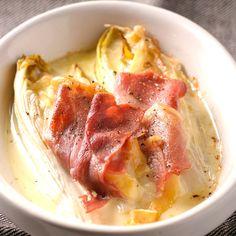 Découvrez la recette des endives au jambon cru et reblochon