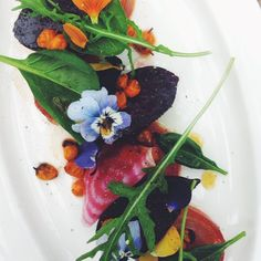 Just returned from the first menu tasting for my collaboration with Restaurant De Kas. Here's a sneak peak at just one of the five dishes. So insanely excited for the dinner on Saturday night! Thank you to chef de cuisine @baswiegel81 and chef Tommy - I am so thrilled to share our passion for plants on the plate! It will be a night to remember. #foodofinstagram #followback #L4L