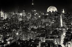 The city that never sleeps New York.