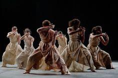 """Dance ©: Bengali Dance Artiste and Choreographer Akram Khan's """"Vertical Road"""" [Photo by Richard Haughton]. Dance Images, Dance Photos, Yoga Dance, Dance Art, Contemporary Dance, Modern Dance, Greek Chorus, Dance Mums, Dance Movement"""