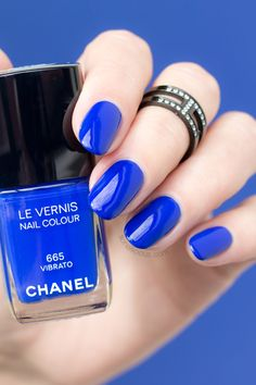 Chanel Vibrato review: http://sonailicious.com/chanel-vibrato-and-fortissimo-review-swatches/