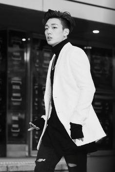 Image about kpop in bobby by paismom on We Heart It K Pop, Festivals In August, Ikon Debut, Ikon Kpop, Kim Ji Won, Double B, Foto Jimin, Kim Hanbin, Yg Entertainment