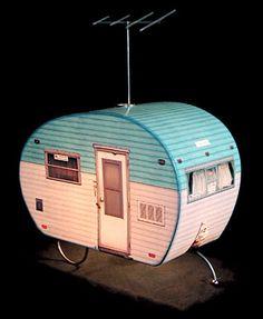 Cute trailer lamp.