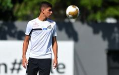 Santos corre para renovar contrato e ter Vitor Bueno contra o Coritiba  http://santosjogafutebolarte.comunidades.net/lojas