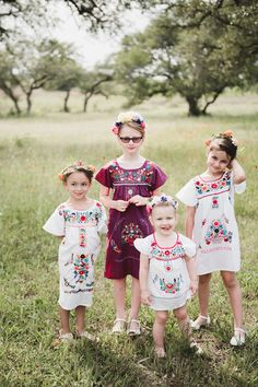 """<strong class='info-row'>Nine Photography</strong> <div class='info-row description'><html>  <head></head>  <body>    The flower girls looked absolutely adorable in traditional Oaxacan dresses.  Venue:   <a href=""""https://www.weddingwire.com/biz/ma-maison-dripping-springs/dcbf6ed6ed939e61.html"""" target=""""_blank"""">Ma Maison</a>   </body> </html></div>"""