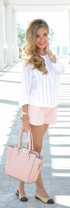 Pink shorts, bag and white blouse. I'd wear different colored shoes.