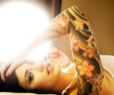 @Erica Bordner  This is cool but only 1/4 sleeve  and different flowers