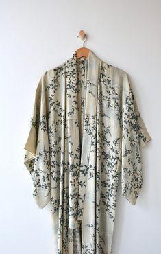 Makihige silk kimono 1930s silk wrapper silk 30s floral