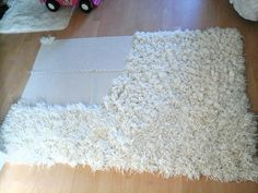 Diy shaggy rug is part of Diy rug - yarn 3 packs of each A bobby pin Please watch my other channel come fare un Tappeto a pelo alto da soli كيفي Diy, Pompom Rug, Diy Pom Pom Rug, Rug Yarn, Yarn Crafts, Home Crafts, Diy And Crafts, Homemade Rugs, Rag Rug Tutorial, Latch Hook Rugs