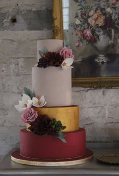 Gold Wedding Cakes colorful wedding cake with marsala and gold layers - Check out these delish cakes to help inspire your own autumnal confection selection. Fall Wedding Cakes, Beautiful Wedding Cakes, Wedding Cake Designs, Beautiful Cakes, Mod Wedding, Perfect Wedding, Wedding Gowns, Delish Cakes, Naked Cakes