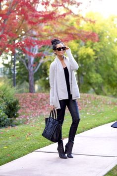 Would Combine With Any Piece Of Clothes. The Best of casual outfits in Fashion Mode, Look Fashion, Womens Fashion, Fashion Trends, Street Fashion, Fall Fashion, Fashion Ideas, Fashion Outfits, Fashion Design