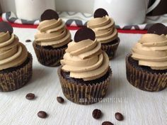 Fashion and Lifestyle Mini Cheesecakes, Brownie Cupcakes, Mini Cupcakes, Desserts To Make, Dessert Recipes, Cheesecake Pops, Aesthetic Food, No Bake Cake, Love Food