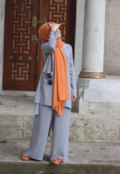 Modest Fashion Hijab, Modern Hijab Fashion, Hijab Fashion Inspiration, Hijab Chic, Abaya Fashion, Fashion Outfits, Iranian Women Fashion, Islamic Fashion, Muslim Fashion