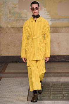 Damir Doma Spring 2017 Menswear Fashion Show