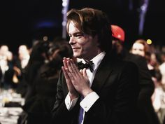 Jonathan Byers, Heavy Breathing, What Goes On, Male Beauty, Stranger Things, Character Inspiration, My Hero, Actors & Actresses, Hot Guys
