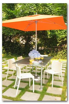 Paver and grass patio
