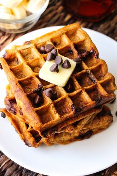 Healthy Pumpkin Chocolate Chip Waffles