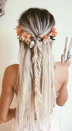 34 Gorgeous Trendy Wedding Hairstyles for Long Hair frisuren haare hair hair long hair short Wedding Hairstyles For Long Hair, Braids For Long Hair, Down Hairstyles, Trendy Hairstyles, Straight Hairstyles, Girl Hairstyles, Gorgeous Hairstyles, Long Haircuts, Bridesmaid Hairstyles